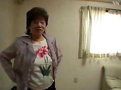 65 Asian Grannie Bathtub