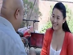 chinese beauty starlet Super-sexy breast