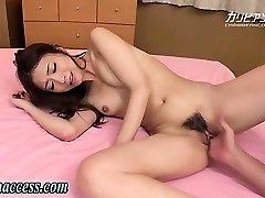 Japanese doll unloads after fingering