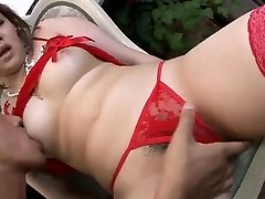 Underwear model, Ai Yuumi, loves oral vibration