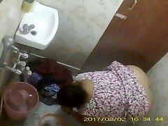 BBW Mature Indian Bengali Milf Rina Washing In Shower