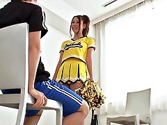 Cheerleader Make Out