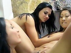 crazy pornostjerner lindsey olsen, anissa kate og kristall rush i eksotiske blonde, tatoveringer xxx scene
