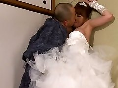 Akiho Yoshizawa in Bride Porked by her Father in Law part 2.2