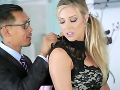 AMWF Samantha Saint interracial trekant med Asiater