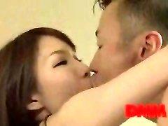 Maisaki Mikuni kiss and shag session