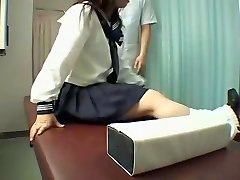 Perfect Jap biotch enjoys a kinky rubdown in hidden cam video