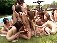 Japanese chicks' pool side party