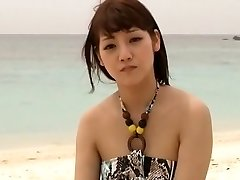 Horny Japanese model Rei Mizuna in Exotic Teenies, Beach JAV clip