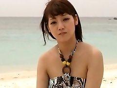 pohoten japonski model rei mizuna v eksotičnih teens, plaža jav posnetek