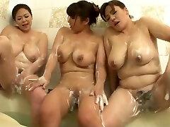 Women loving the bath together