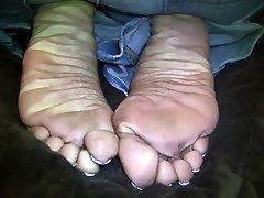 Santana's Beautiful Hairy Man Claw Wrinkles!