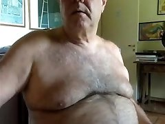 Lovely daddy cumming and recording