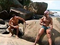 Island Boys - Gig 5 - Maximus Studios