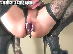Blonde TGirl slut fucks her huge american toy and shoots her load