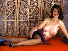 Old-school Striptease & Glamour #22