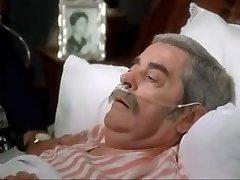 Sensuous Nurse (1975)