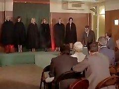 Esclaves sexuelles sur catalogue (French old school movie)