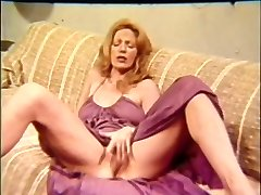 MILF Old-school Masturbate Off Encouragement - JOE