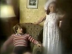 A old-school mom son video by snahbrandy