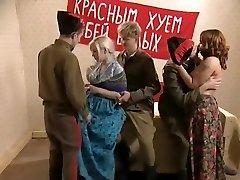 רוסי בציר סקס אורגיה חלק 1