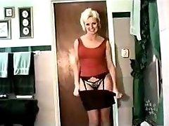 vintage american milf pee movie