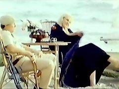 אירנה Dubrovskaya (Kokryatskaya) - גרסה Zombi (1985)
