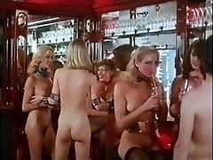 NAKED DISCO - vintage 70s light-haired hefty tits dance tease