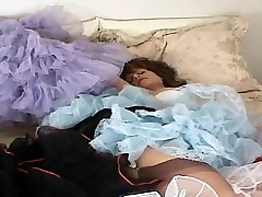 Dominatrix Jessica Petticoat Mania