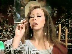 Kinky amateur Vintage, Smoking porn movie