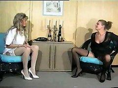 Sandra Fox, Handballing and Lesbian Joy with other women 02