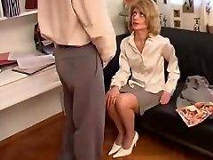 Mom Wants To Watch Boy Masterbate german ggg spritzen goo girls