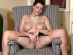 Victoria C - Elaborate nylon admiration!