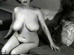 Busty Vintage Cougar