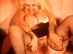 solo_70_busty_light-haired_bbw_mature_vintage