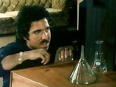 THE Blond NEXT DOOR (1982)