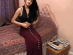 Brit Indian Gal Shabana Kausar Retro Porn