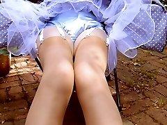 Suzy's Legshow Volume 6