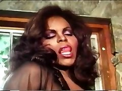 Vintage ebony tgirl drills girl