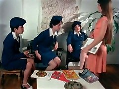 Voluptuous Flygirls (1976)