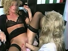 Sandra Fox, Fisting and Lesbian Joy with other women 03