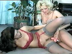 Sandra Fox, Handballing and Lesbian Fun with other women 02