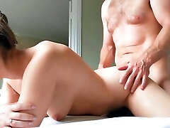 Kocasını ldatan turk kadın (turkish nymph who cheats her husband)