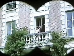 Les Cuisses En Chaleur (1976)