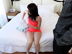 Ebony amateur plumb first time Exxxtra Small Casting Call