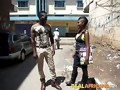 African Amateur Bitch Street Pickup and Toilet Plow