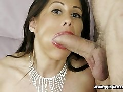 She Gets A Sausage And Her Fucktoy At Once