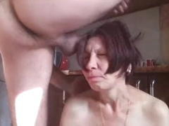 Mature mommy getting hardcore anal tear up on the kitchen