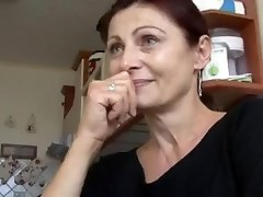 Marvelous MATURE HAS SEX FOR MONEY!