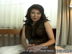 Accomplished Japanese Cougar Maria Yuuki gives an interview
